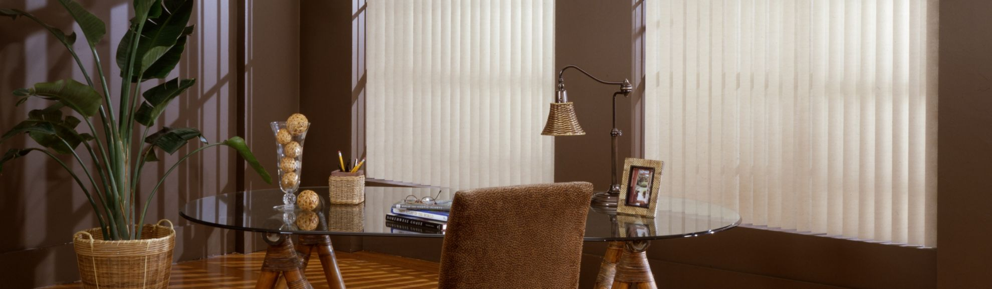 Vertical Blinds - Stonegate Off White 1002 - Study